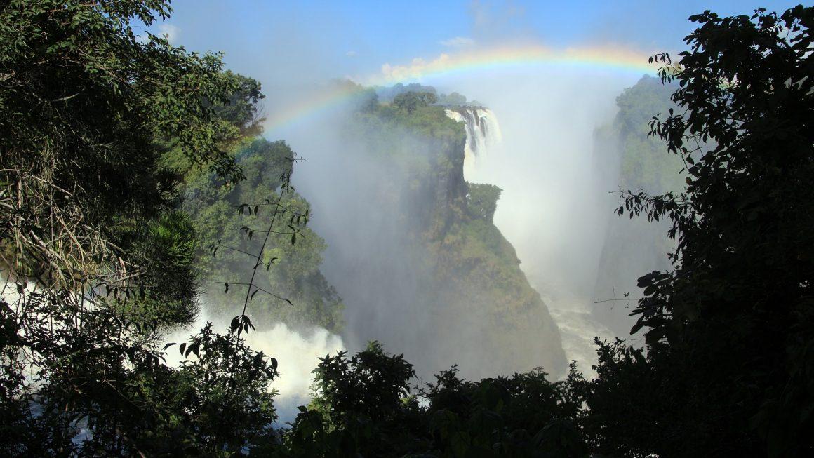 Reasons You Should Visit Zimbabwe This Year